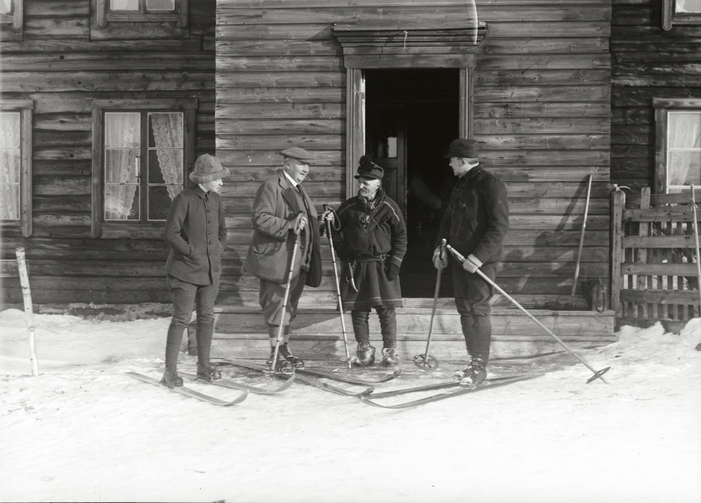 Engelsmannen Butler och Turi i nord-Norge år 1913.
