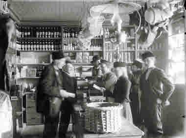 Diversehandel med kunder och personal.