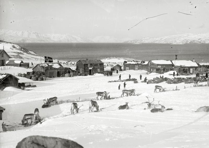 Ett samhälle i nord-Norge år 1914.