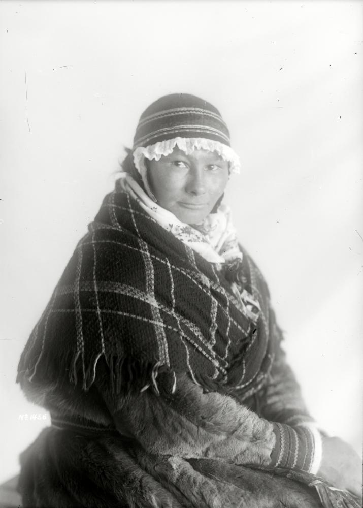 Porträtt av Anna Maria Andersdotter Sikku, Soppero, den 23 maj 1915.