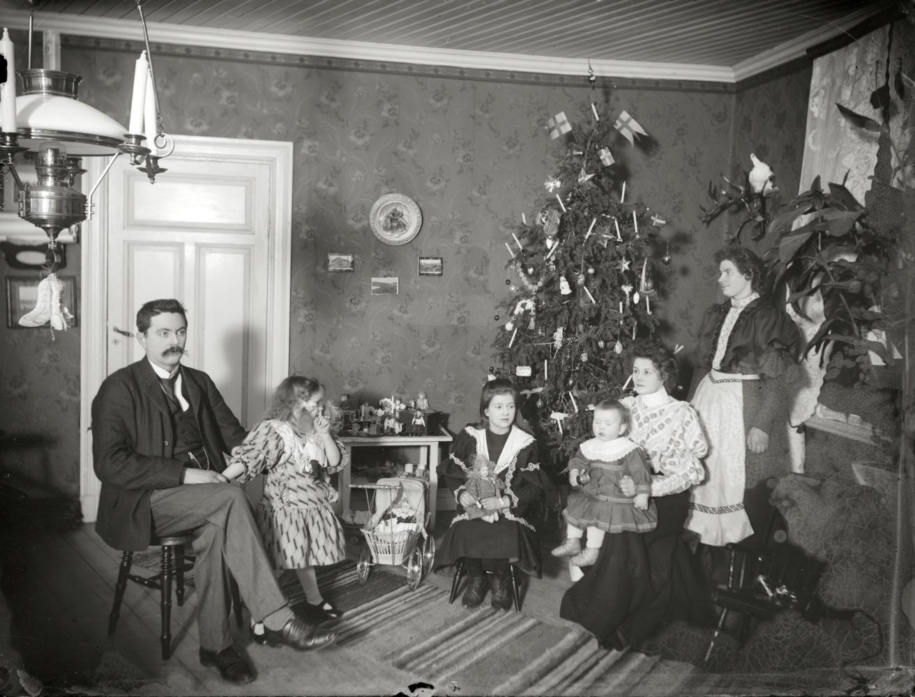 Julfirande hos Kirunafamilj.