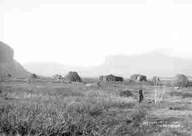 Vy över sameläger i Rautasluspa den 6 oktober 1915.