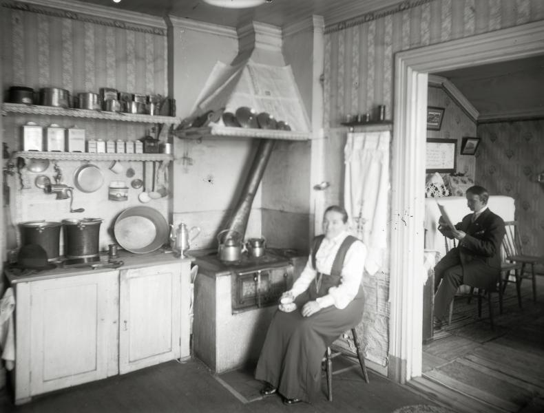 I köket interiör från arbetar bostad.