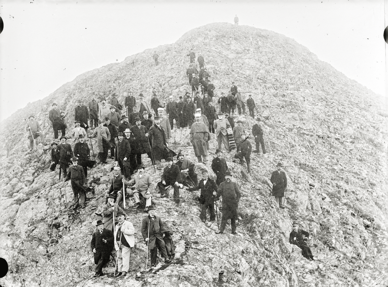 HjalmarLundbohm med studiegrupp på Kiirunavaara 1901